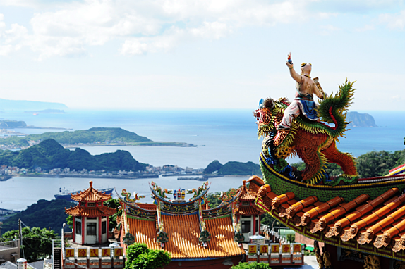 Travel and get paid by teaching English in Taiwan for a year.