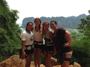 Amanda and her fellow interns travel around Thailand together on their days off